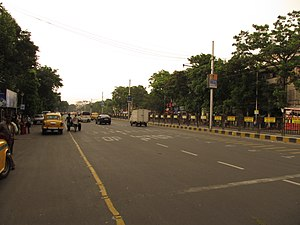 Rashbehari Avenue - S.P Mukherjee Road and Rashbehari Avenue crossing