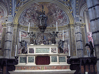 Francesco di Giorgio Martini - Altar at the Opera del Duomo in Siena. The angel candelabras are the work of Francesco di Giorgio.