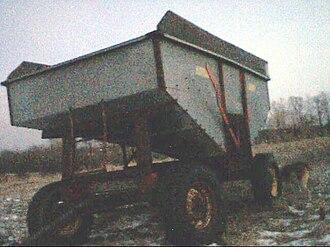Gravity wagon - Slant wagon