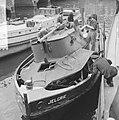 Sleepboot uit elkaar geploft aan de binnenkant te Amsterdam de Jelgrie waarvan, Bestanddeelnr 917-6996.jpg