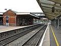 Slough Station - platforms 4 ^ 5 - geograph.org.uk - 1967981.jpg