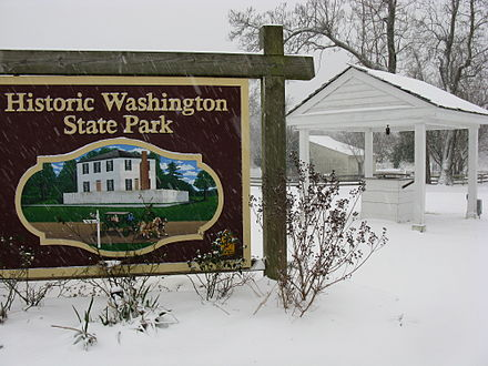 Winter at Historic Washington State Park, Arkansas SnowstormPics1-9-2011 (14).jpg