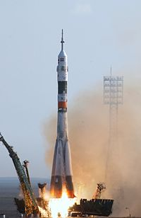 Soyuz TMA-4 launch.jpg