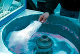 Spinning-candy-floss-machine.jpg