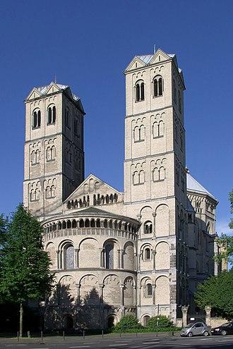 1190s in architecture - Image: St. Gereon Köln Ostseite (2520)