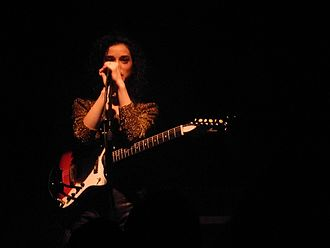 St. Vincent (musician) - St. Vincent performing at The Button Factory, Dublin in November 2011