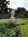 Statue im Doblhoffpark b.jpg