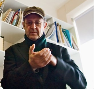 Steve Reich -  Reich performing Clapping Music in 2006