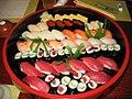 Sushi (1441234074).jpg