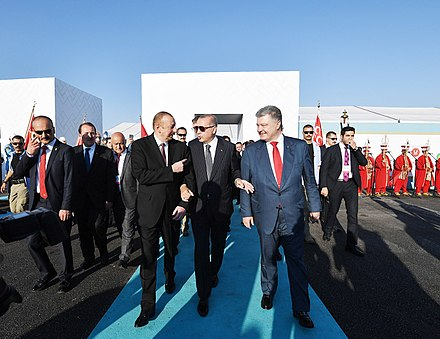 Presidents of Turkey, Azerbaijan and Ukraine at the opening ceremony of the Trans-Anatolian gas pipeline, 12 June 2018 TANAP OPEN 2018-06-12 (2).jpg