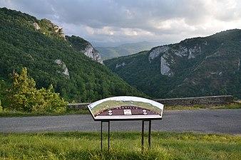 Table d'orientation, gorges de Péreille.jpg