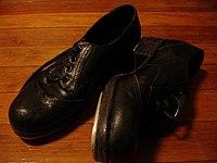 38a88c356 Sapato – Wikipédia, a enciclopédia livre