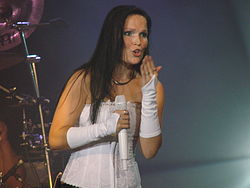 Tarja Turunen at Obras Stadium 2008 05.jpg