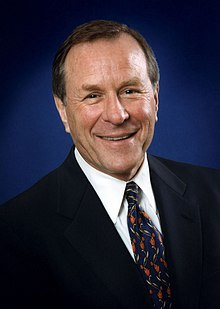 Ted Kulongoski headshot Color 2007.JPG