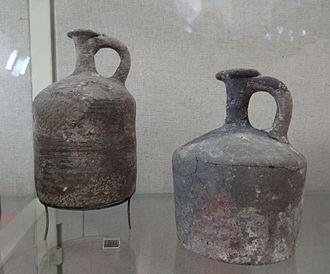 Tell el-Yahudiyeh Ware - Tell el-Yahudiyeh Ware juglets. Rockefeller Museum Israel