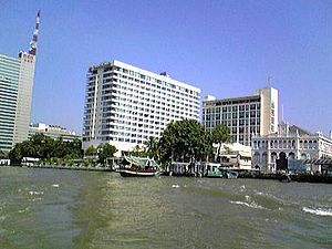 The Oriental Bangkok from boat.jpg