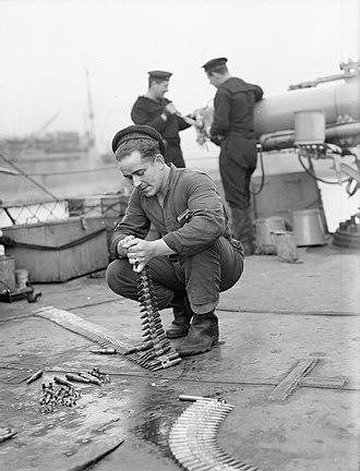HMS Campbeltown (I42) - Dutch sailors on HNLMS Campbeltown.