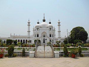 Chota Imambara - Tomb of Princess Zinat Asiya, Daughter of King Mohammad Ali Shah Bahadur (3rd King of Awadh). Taj Mahal Replica.