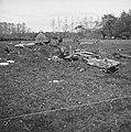 Twee straaljagers neergestort in Olland nabij Boxtel Een van de wrakken, Bestanddeelnr 915-6335.jpg