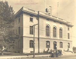 U.S. Post Office - 1921, Lander (Fremont County, Wyoming).jpg