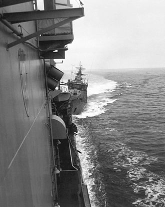 1988 Black Sea bumping incident - Image: USS Caron (DD 970) collision