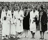 US Women 4x100m team 1928 Olympics.jpg