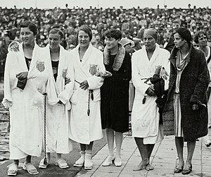 Albina Osipowich - US Women 4 × 100 m team at the 1928 Olympics, Osipowich is third from left