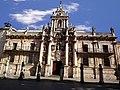Universidad de Valladolid-Fachada principal.jpg