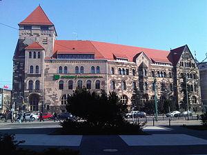 Uniwersytet Ekonomiczny w Poznaniu - budynek B 01