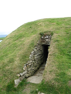 Chambered cairn - Entrance to Unstan Chambered Cairn, Orkney