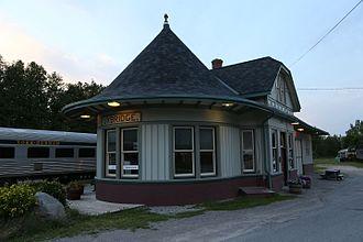 Toronto and Nipissing Railway - Heritage railway carriage at Uxbridge station