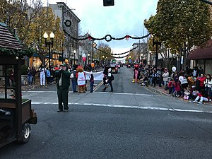 Vallejo's Mad Hatter Holiday Parade 2017 (39621272181).jpg