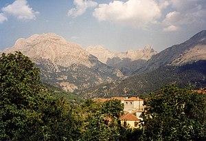 Vardousia - Mount Vardousia with the peak of Korakas, seen from the west