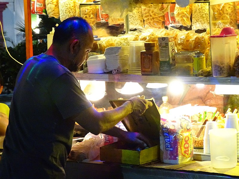 File:Vendor at Plaza Stall - San Jose del Cabo - Baja California Sur - Mexico (24138093035) (2).jpg