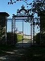 Versailles Potager du Roi Grille du Roi et Cathedrale Saint-Louis.jpg
