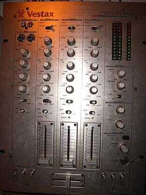 Vestax PMC-27mk2 DJ MIXER