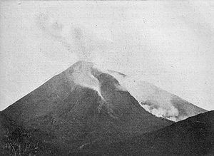Mount Vesuvius right before 1906 eruption