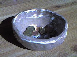 Coin tray - Coin tray in ceramics in raku-style).