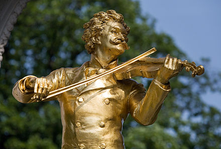 Monument of Johann Strauss II at Stadtpark, Vienna Vienna - Johann Strauss Monument in Stadt Park - 4572.jpg