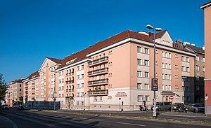 Red Vienna - Viktor-Adler-Hof