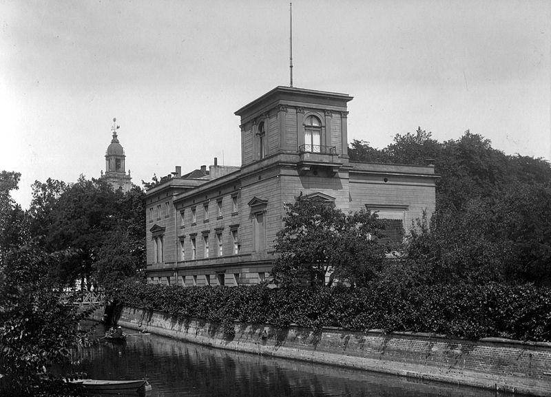 File:Villa Hoffbauer Potsdam Archiv Hoffbauer-Stiftung.jpg
