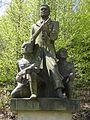 Vlastiboř (na Železnobrodsku) - pomník partyzánského hnutí nad sokolovnou (4).jpg