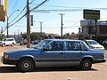 Volvo 740 GLE 1984 (15010429501).jpg
