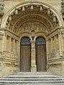 Vouziers (Ardennes) porche de l'église.JPG