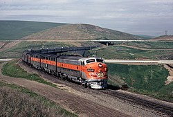 WP 805A with the California Zephyr on Altamont Pass, March 1970.jpg