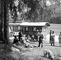 W Kleinfeldt - Fahrendes Volk in der Nähe von Schloss Lichtenstein (1935).jpg