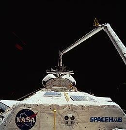 Wake Shield Facility on STS-60 (STS060-74-054).jpg