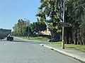 Warner Avenue - Sign Pointing Towards NB Jamboree Road Onramp.jpg