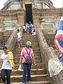 Wat Phra Che Di Chai Mong khom - panoramio - CHAMRAT CHAROENKHET.jpg