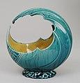 Wave bowl MET LC-2001 549-003.jpg